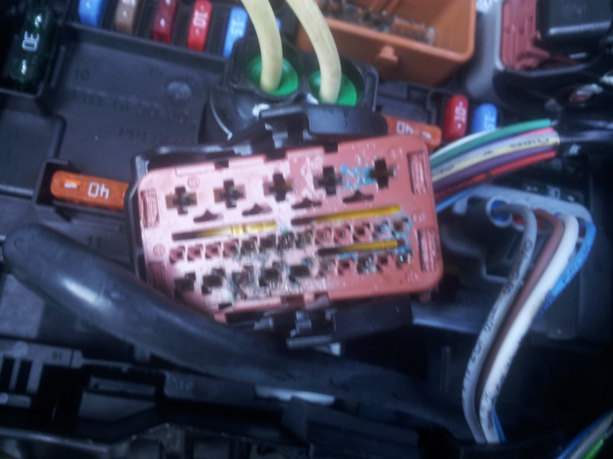Vehicle Electric Repairs Car Electrical Faults Diagnostics Fuse Box Citreon C3 Fusebox Wiring Damage